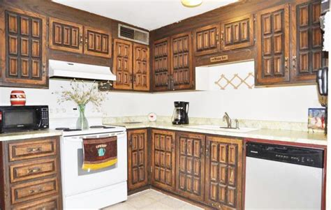 Ugly Kitchen Remodel Pictures Spray Paint For Clothes Wet Sanding Enamel Cellulose Spraying Flames Respirator Styrofoam Balls Places To Buy Bronze Metallic