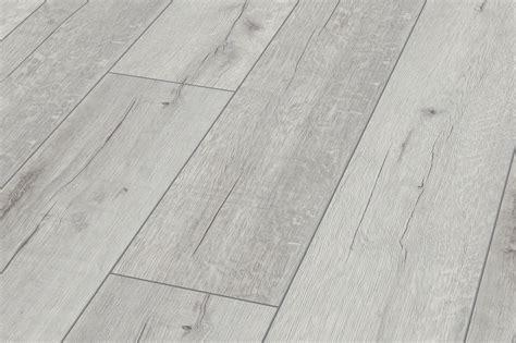 12mm Laminate Flooring Oak White