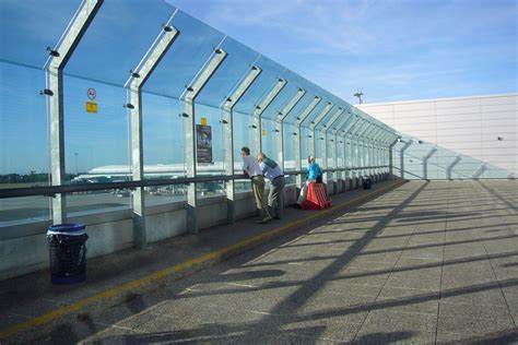 observation decks stuck at the airport