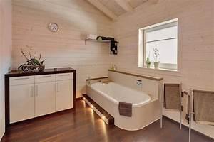 Holzdecke Im Bad : badezimmer trends 2019 badtrends meinstil magazin ~ Markanthonyermac.com Haus und Dekorationen