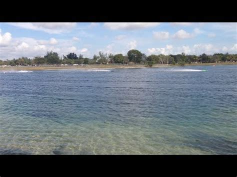 Rc Gas Powered Boats Youtube by Gas Powered Rc Boats At Amelia Earhart Park Youtube