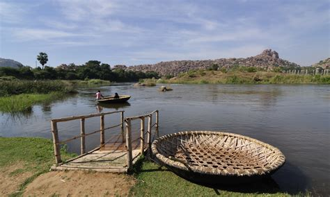 Types Of Native American Boats by File Tungabhadra River And Coracle Boats Jpg Wikimedia