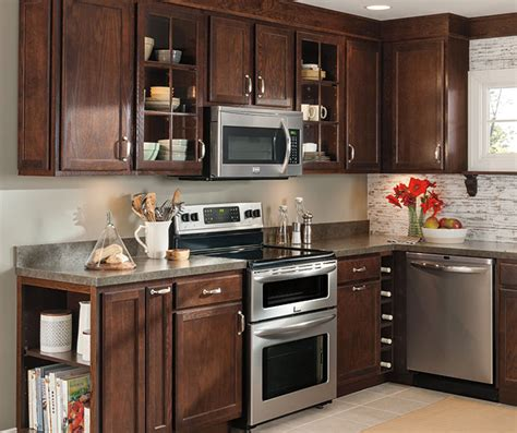 oak kitchen cabinets for your oak kitchen cabinets aristokraft cabinetry