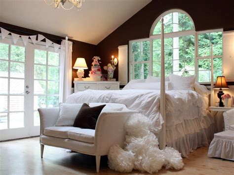 Budget Bedroom Designs