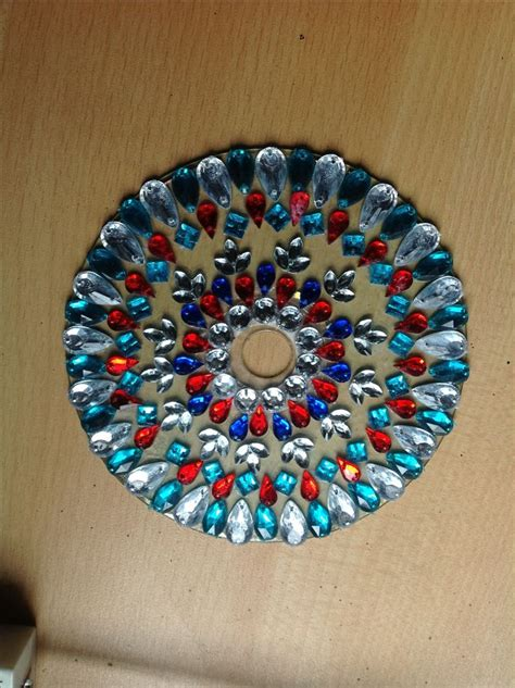 Best 25+ Recycled Cd Crafts Ideas On Pinterest  Cd Crafts