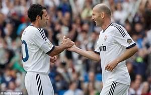 Zinedine Zidane makes playing return for Real Madrid v ...