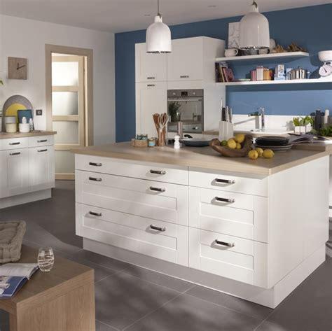 cuisine kadral en bois blanc castorama photo 5 20 prix 599 carrelage lounge gris