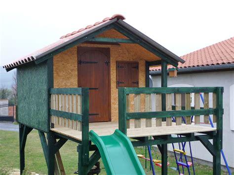 plan fabrication cabane pour enfants planches de bois bricolage maison construire une cabane