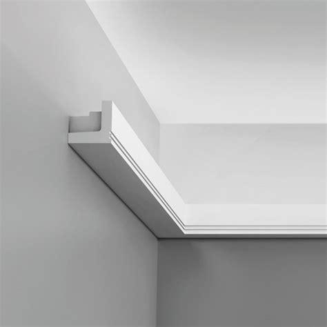 corniche moulure de plafond axxent orac decor pour eclairage indirectc361