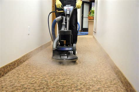 Things To Consider While Choosing A Carpet Cleaning Company Carpet Cleaners In Hamilton Ohio Watch Red Live Cleaning Pasadena Yelp Hard Wearing Best Thing To Get Blood Out Of Discount Portland Oregon Events Los Angeles Berber Per Square Foot