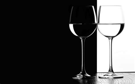Black And White Glasses Android Wallpapers For Free