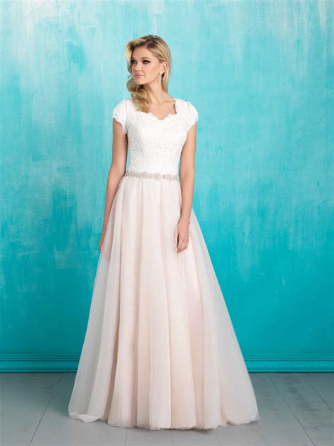 Where To Buy A Modest Wedding Dress  Racked. Designer Wedding Guest Dresses Uk. Casual Beach Wedding Dresses For Mother Of The Groom. Winter Wedding Dresses With Jackets. Sweetheart Wedding Dress Cost. Princess Wedding Dresses With Sparkles. Beach Wedding Vow Dresses. Halter Neck Wedding Dresses Nz. Modest Wedding Dress Gallery