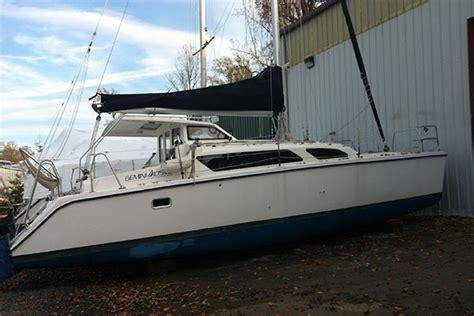 Plastic Catamaran Hull by Hull 1115 Catamaran For Sale Gemini 105mc In Annapolis
