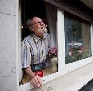 Rauchen Auf Dem Balkon Eigentumswohnung : bgh mieter d rfen balkon nachbarn das rauchen verbieten welt ~ Markanthonyermac.com Haus und Dekorationen