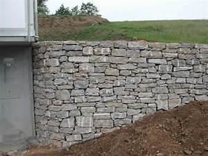 Mauer Bauen Lassen Kosten : naturstein natursteinmauer bodenbelag naturstein bel ge ~ Markanthonyermac.com Haus und Dekorationen