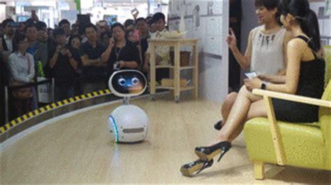 asus zenbo la robotique un pari aussi audacieux que risqu 233 tech numerama