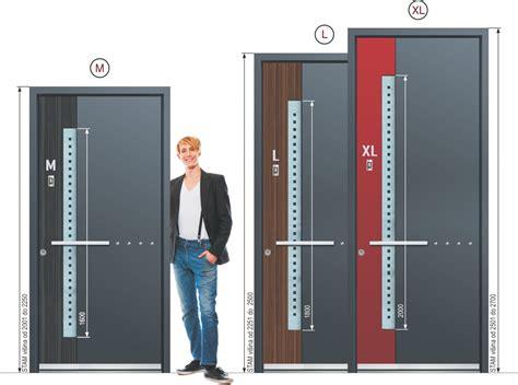 avantages de portes en aluminium porte d entr 233 e inotherm