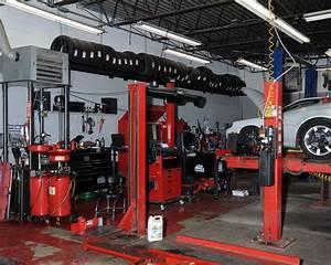 Auto In Der Garage : auto garage photos cars and motorcyle ~ Whattoseeinmadrid.com Haus und Dekorationen