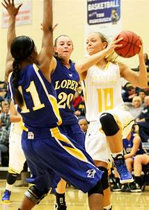 College basketball: Lady Hardrockers pick up first win