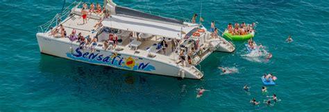 Catamaran Barcelona Fiesta fiesta en catamar 225 n sensation barcelona civitatis