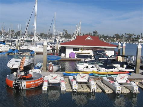Boat Rental Coronado by Crazy Donut Shaped Boat Features A Barbeque Cool San