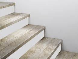 Holz Treppenstufen Erneuern : bildergebnis f r vinyl treppenbelag bodenbel ge pinterest treppenbelag vinyl und treppe ~ Markanthonyermac.com Haus und Dekorationen