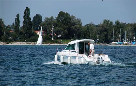 Motorboot Fahren Frau by Motorboot Fahren In Kressbronn Gohren Als Geschenkidee