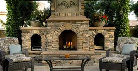 Outdoor Fireplaces : Backyard Fireplace Designs And Ideas