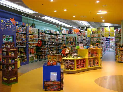 la grande r 233 cr 233 un magasin de jouets exceptionnel