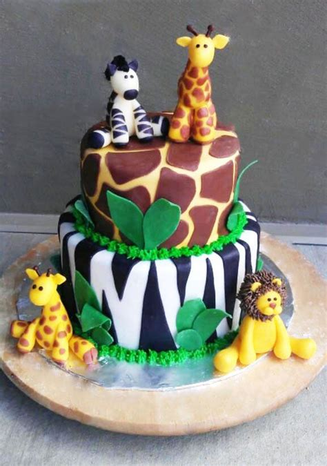 jungle theme cake 25 best ideas about safari cakes on jungle