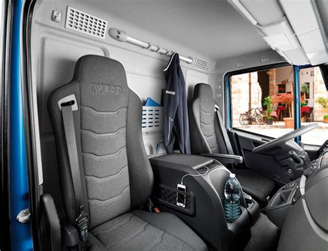 iveco eurocargo 2016 plus confortable plus 233 conome cing car deluxe