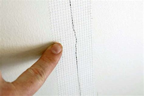 cracks in drywall 5 steps to a permanent fix with 3m