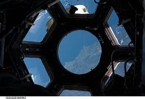 NASA: Astronauts raise curtain on space station's new view ...