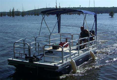 Little Pontoon Boat by Small Pontoon Boats Rettey Little Pontoons Autos Post