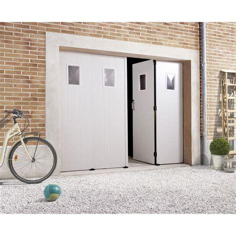 porte de garage pliante manuelle primo h 200 x l 240 cm avec hublot leroy merlin