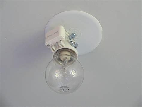 cache lustre au plafond maison design jiphouse