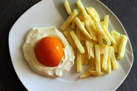 recette d oeuf sur le plat avec frites mais sucr 233