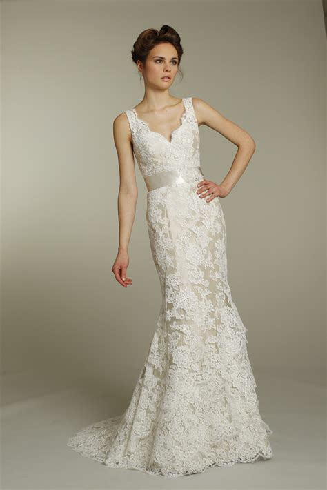 30 Simple Lace Wedding Dresses Ideas To Look Stunning. Simple Flowy Wedding Dresses. Hippie Wedding Dress Buy Online. Black Wedding Dresses With Long Trains. Wedding Dresses With Backless. Sweetheart Neckline Dresses Wedding Guest. High Low Wedding Dresses Plus Size. Celebrity Wedding Dresses Brands. Champagne Wedding Dresses Under 100