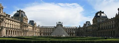 What Are The Best Package Tours To Discover Paris Witout A