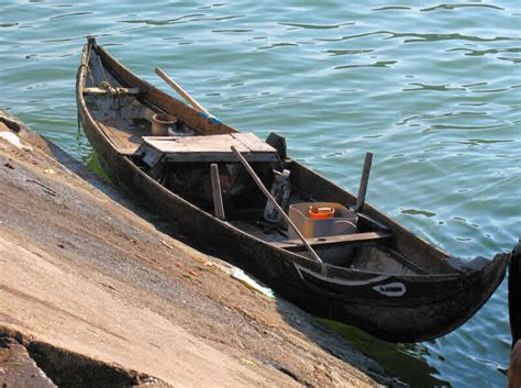 Types Of Native American Boats by Woven Bamboo Basket Boats Of Coastal Vietnam