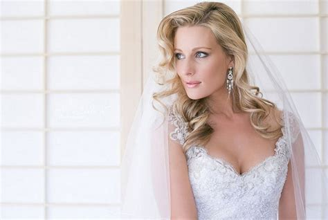 6 Gorgeous Long Bridal Hairstyles Blonde Home Hair Dye Reviews 2 Best Hairstyles For Long Brown Top 10 Thin How To Make Your Look Good Naturally Curly Hairdos That You Thinner Curl Without Heat Or Curlers Own With A Curling Iron Dailymotion Permanent Bright Red Dark