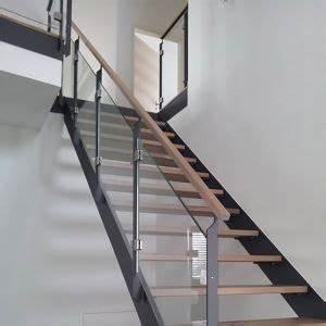 Stahl Holz Treppe : holz treppen pinterest ~ Markanthonyermac.com Haus und Dekorationen