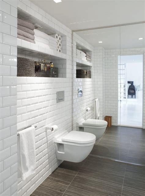 carrelage m 233 tro blanc dans la cuisine et la salle de bains