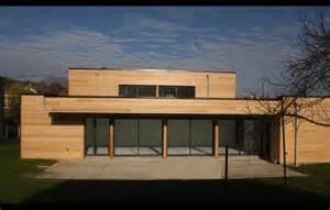 maison contemporaine en bois le monde de l 233 a