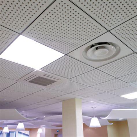 plafonds suspendus d 233 montables en dalles de pl 226 tre perfor 233 pour l absorption acoustique knauf