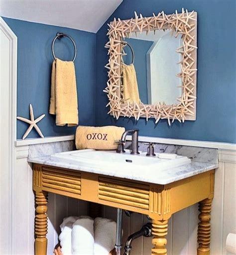 mirror border 32 seaworthy themed bathrooms you can