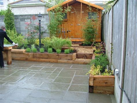 small garden patio and raised beds donegan landscaping dublin