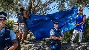 Marae officials block view into lower Waitangi grounds ...