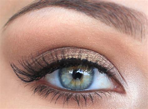 6 trendy ways to do your eyeliner