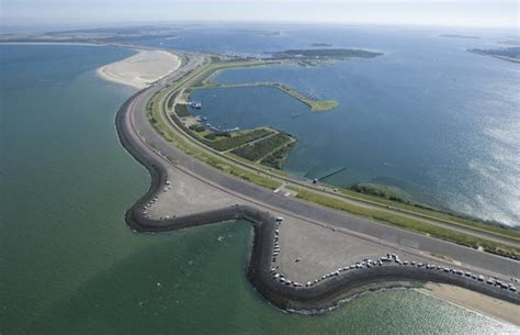 Zeeland Brouwersdam by Start Verbetering Poort Van Zeeland Bij Brouwersdam